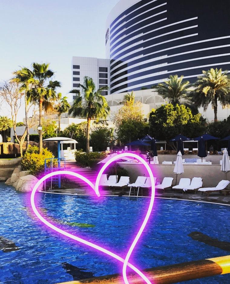 Dubai heart